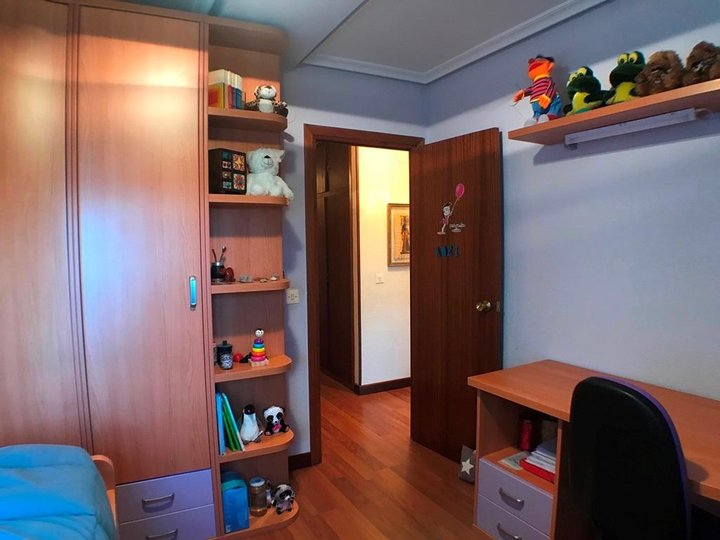 -eu-west-1.amazonaws.com/mobilia/Portals/inmoatrio/Images/5664/2693123