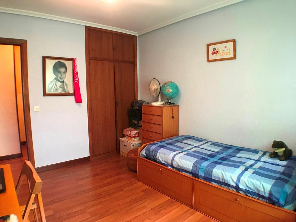-eu-west-1.amazonaws.com/mobilia/Portals/inmoatrio/Images/5664/2693138