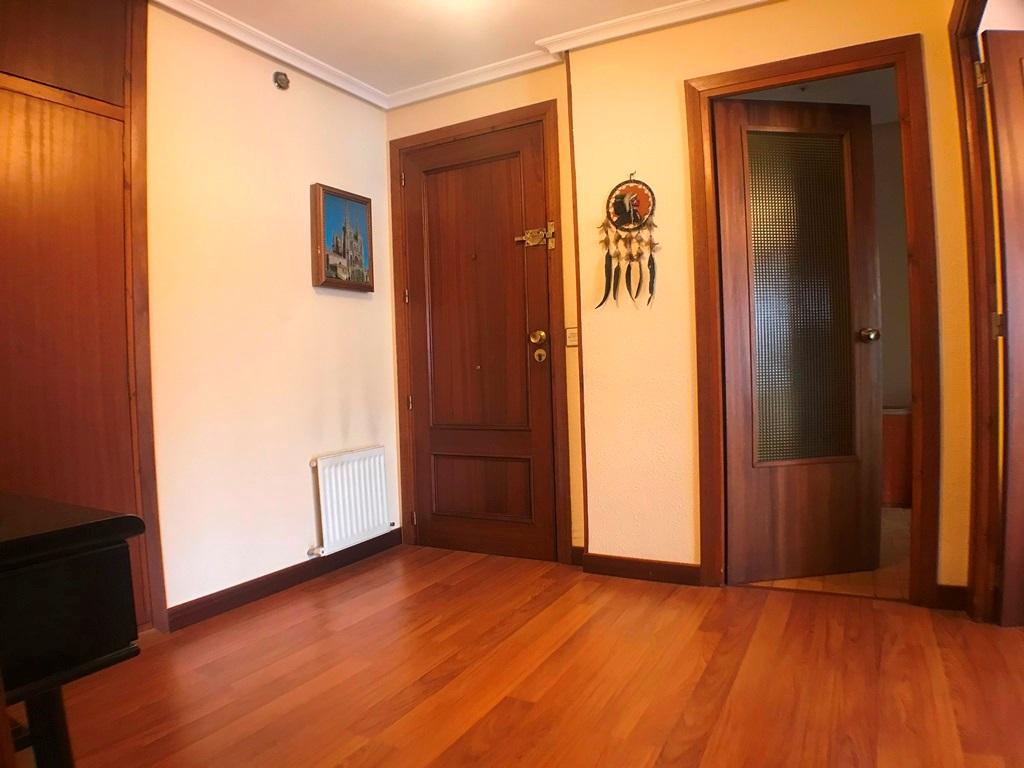 -eu-west-1.amazonaws.com/mobilia/Portals/inmoatrio/Images/5664/2699491