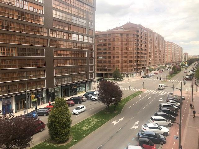 -eu-west-1.amazonaws.com/mobilia/Portals/inmoatrio/Images/5778/2918077