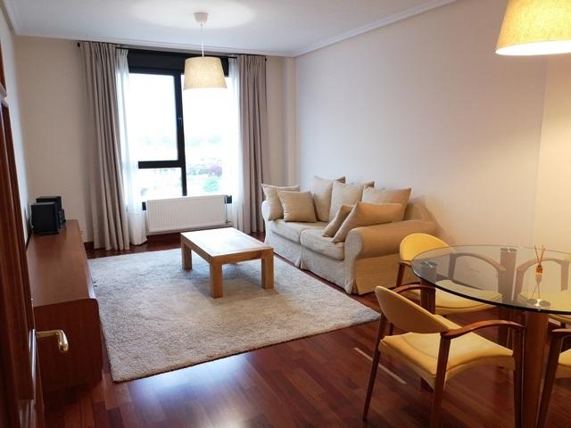 -eu-west-1.amazonaws.com/mobilia/Portals/inmoatrio/Images/5785/2924139