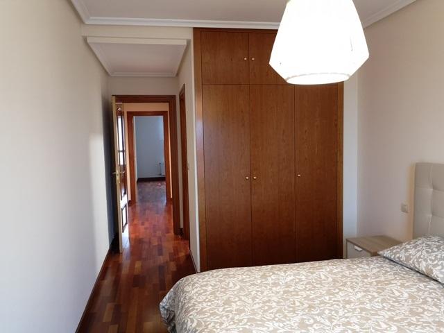 -eu-west-1.amazonaws.com/mobilia/Portals/inmoatrio/Images/5785/2924147