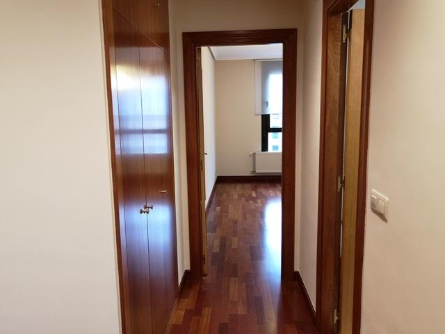 -eu-west-1.amazonaws.com/mobilia/Portals/inmoatrio/Images/5785/2924151