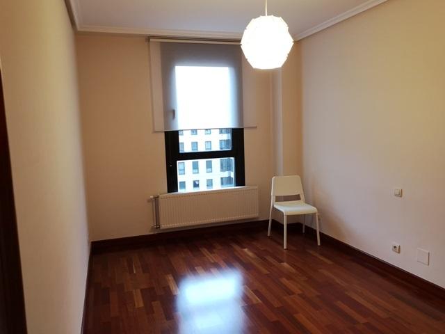 -eu-west-1.amazonaws.com/mobilia/Portals/inmoatrio/Images/5785/2924152