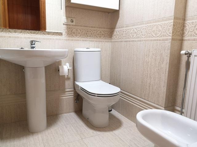 -eu-west-1.amazonaws.com/mobilia/Portals/inmoatrio/Images/5785/2924154