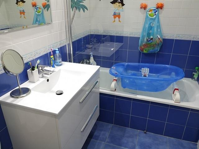 -eu-west-1.amazonaws.com/mobilia/Portals/inmoatrio/Images/5790/3097642