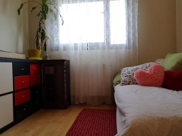 -eu-west-1.amazonaws.com/mobilia/Portals/inmoatrio/Images/5824/3080023