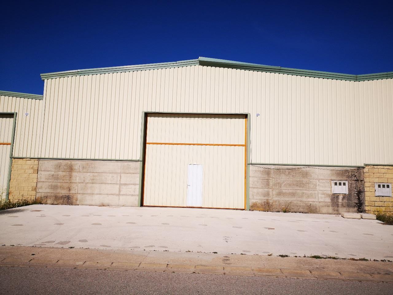 -eu-west-1.amazonaws.com/mobilia/Portals/inmoatrio/Images/5855/3029341