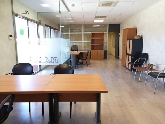 -eu-west-1.amazonaws.com/mobilia/Portals/inmoatrio/Images/5892/3096699