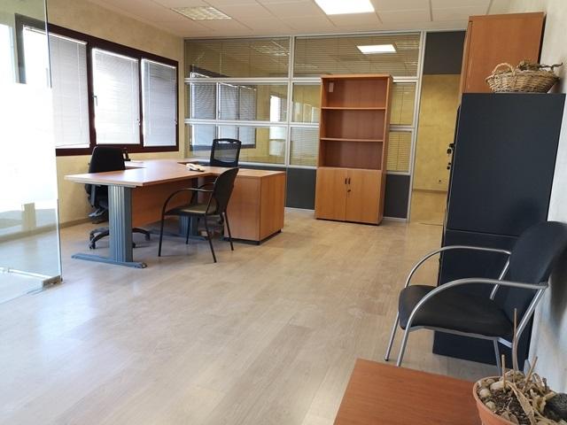 -eu-west-1.amazonaws.com/mobilia/Portals/inmoatrio/Images/5892/3096700