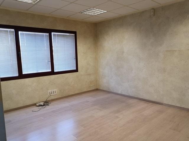 -eu-west-1.amazonaws.com/mobilia/Portals/inmoatrio/Images/5892/3096702