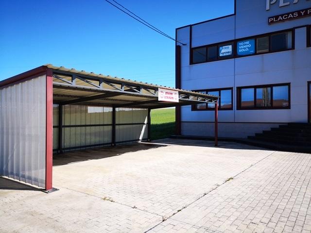 -eu-west-1.amazonaws.com/mobilia/Portals/inmoatrio/Images/5892/3096718