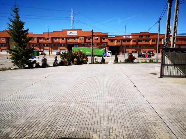 -eu-west-1.amazonaws.com/mobilia/Portals/inmoatrio/Images/5892/3096720