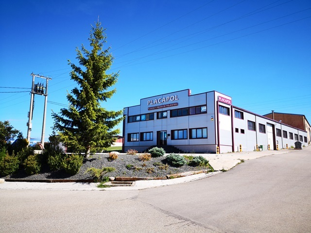 -eu-west-1.amazonaws.com/mobilia/Portals/inmoatrio/Images/5892/3096721