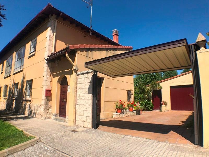 -eu-west-1.amazonaws.com/mobilia/Portals/inmoatrio/Images/5896/3272529