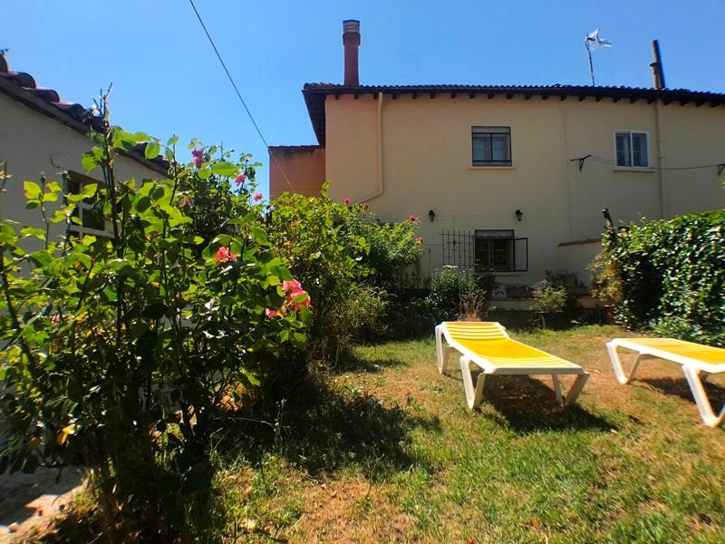 -eu-west-1.amazonaws.com/mobilia/Portals/inmoatrio/Images/5896/3272537