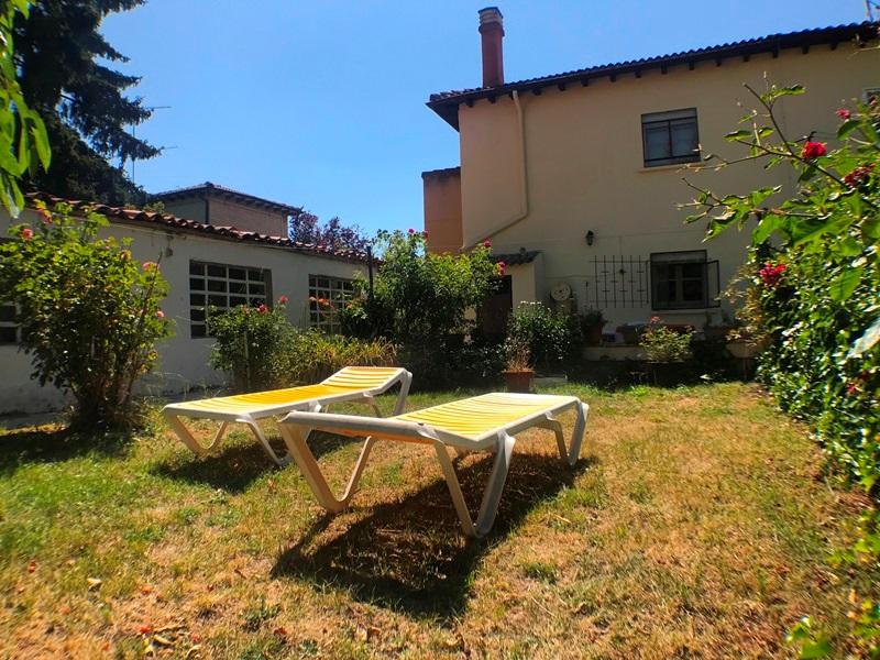 -eu-west-1.amazonaws.com/mobilia/Portals/inmoatrio/Images/5896/3272538