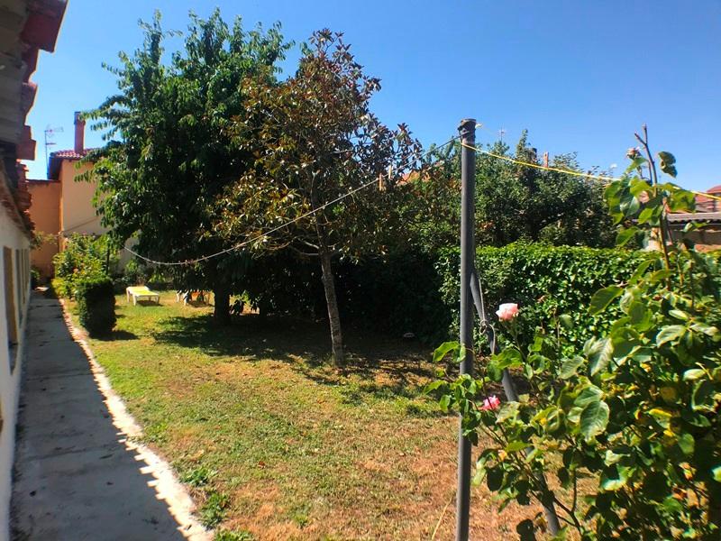 -eu-west-1.amazonaws.com/mobilia/Portals/inmoatrio/Images/5896/3272542