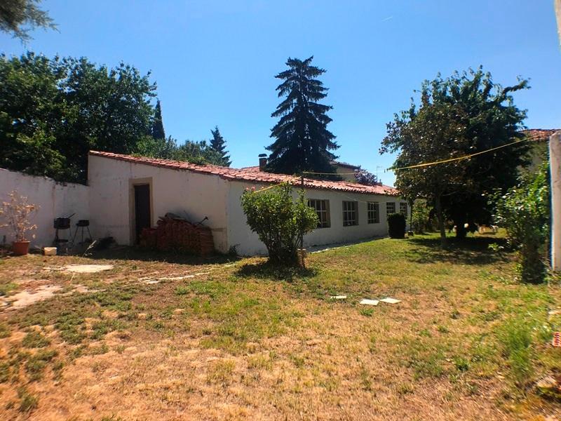 -eu-west-1.amazonaws.com/mobilia/Portals/inmoatrio/Images/5896/3272544