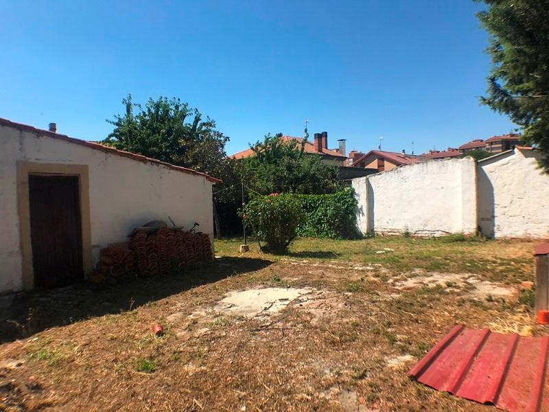 -eu-west-1.amazonaws.com/mobilia/Portals/inmoatrio/Images/5896/3272546