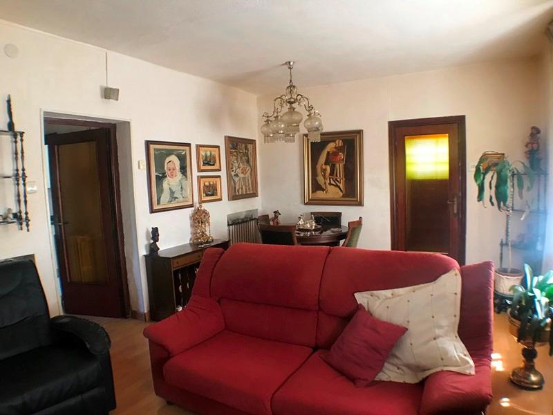 -eu-west-1.amazonaws.com/mobilia/Portals/inmoatrio/Images/5896/3272554