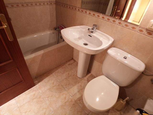 -eu-west-1.amazonaws.com/mobilia/Portals/inmoatrio/Images/5956/3233138