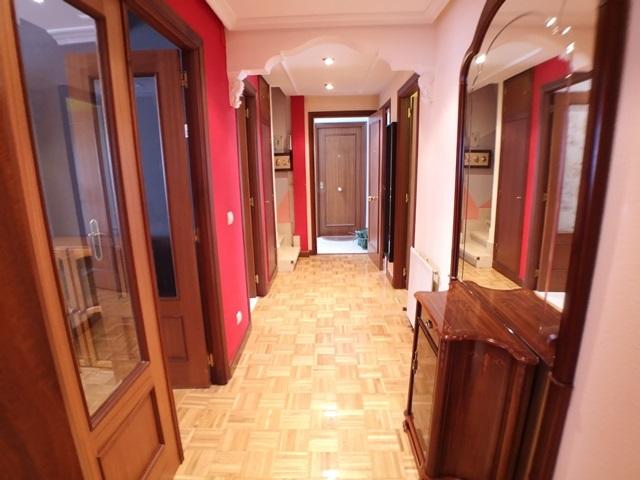 -eu-west-1.amazonaws.com/mobilia/Portals/inmoatrio/Images/5971/3261581