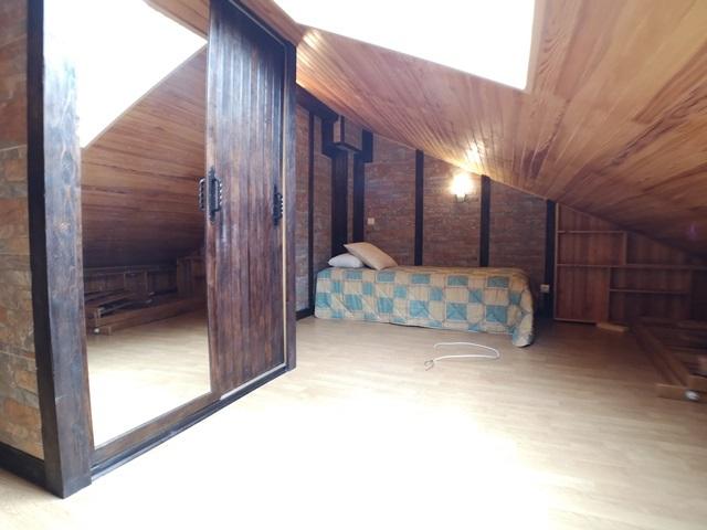 -eu-west-1.amazonaws.com/mobilia/Portals/inmoatrio/Images/5971/3261591