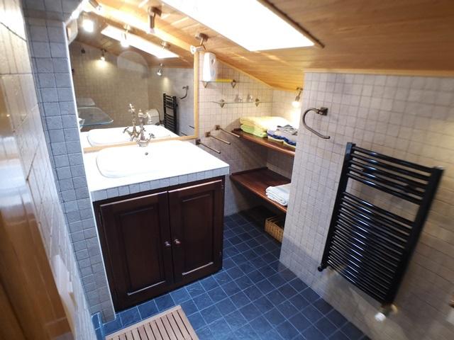 -eu-west-1.amazonaws.com/mobilia/Portals/inmoatrio/Images/5971/3261596