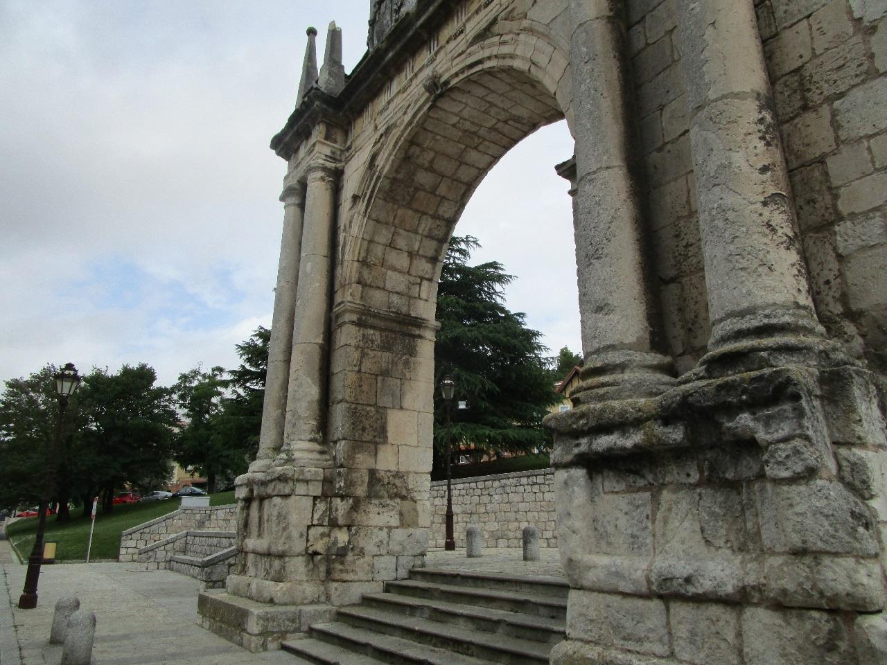 -eu-west-1.amazonaws.com/mobilia/Portals/inmoatrio/Images/6040/3348187