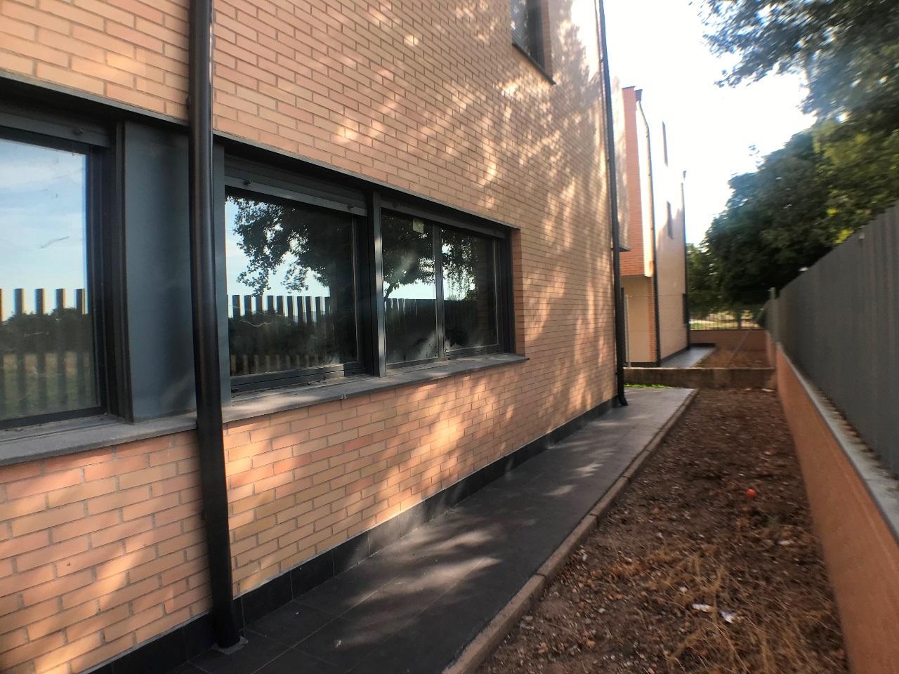 -eu-west-1.amazonaws.com/mobilia/Portals/inmoatrio/Images/6079/3376164