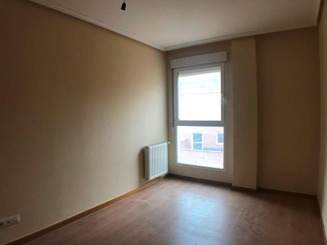 -eu-west-1.amazonaws.com/mobilia/Portals/inmoatrio/Images/6083/3382328