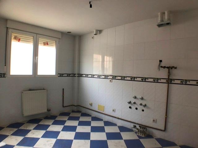 -eu-west-1.amazonaws.com/mobilia/Portals/inmoatrio/Images/6083/3382340