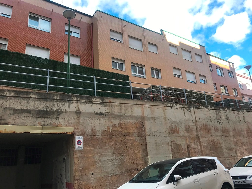 -eu-west-1.amazonaws.com/mobilia/Portals/inmoatrio/Images/6084/3386238