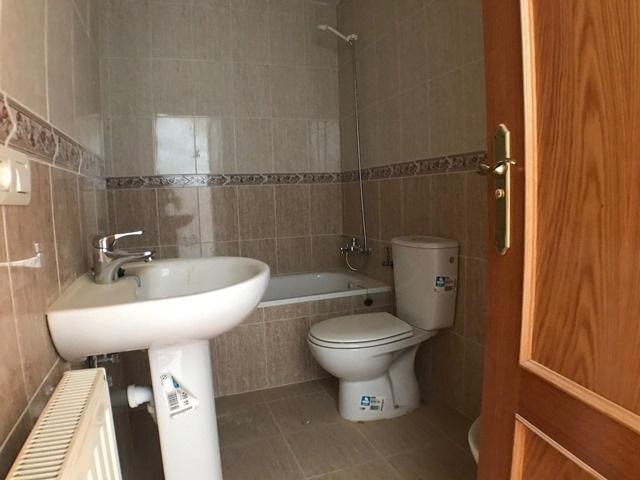 -eu-west-1.amazonaws.com/mobilia/Portals/inmoatrio/Images/6086/3391861