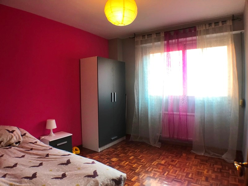 -eu-west-1.amazonaws.com/mobilia/Portals/inmoatrio/Images/6117/3443125