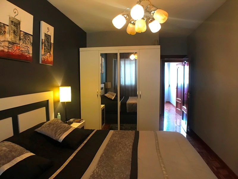 -eu-west-1.amazonaws.com/mobilia/Portals/inmoatrio/Images/6117/3443134