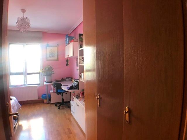 -eu-west-1.amazonaws.com/mobilia/Portals/inmoatrio/Images/6122/3443356