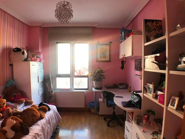 -eu-west-1.amazonaws.com/mobilia/Portals/inmoatrio/Images/6122/3443357