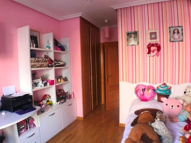 -eu-west-1.amazonaws.com/mobilia/Portals/inmoatrio/Images/6122/3443358