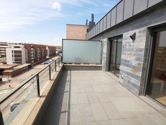 En-Cellophane-precioso-apartamento-Ático-con-dos-terrazas