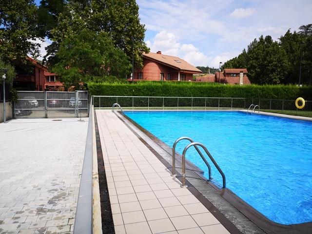-eu-west-1.amazonaws.com/mobilia/Portals/inmoatrio/Images/6124/3445303