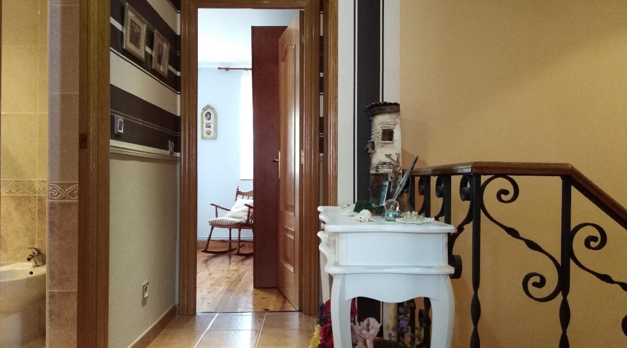 -eu-west-1.amazonaws.com/mobilia/Portals/inmoatrio/Images/6311/3750220