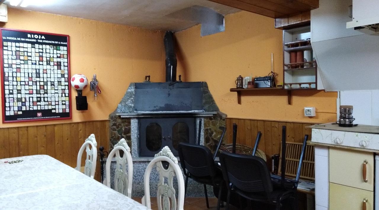 -eu-west-1.amazonaws.com/mobilia/Portals/inmoatrio/Images/6311/3750240