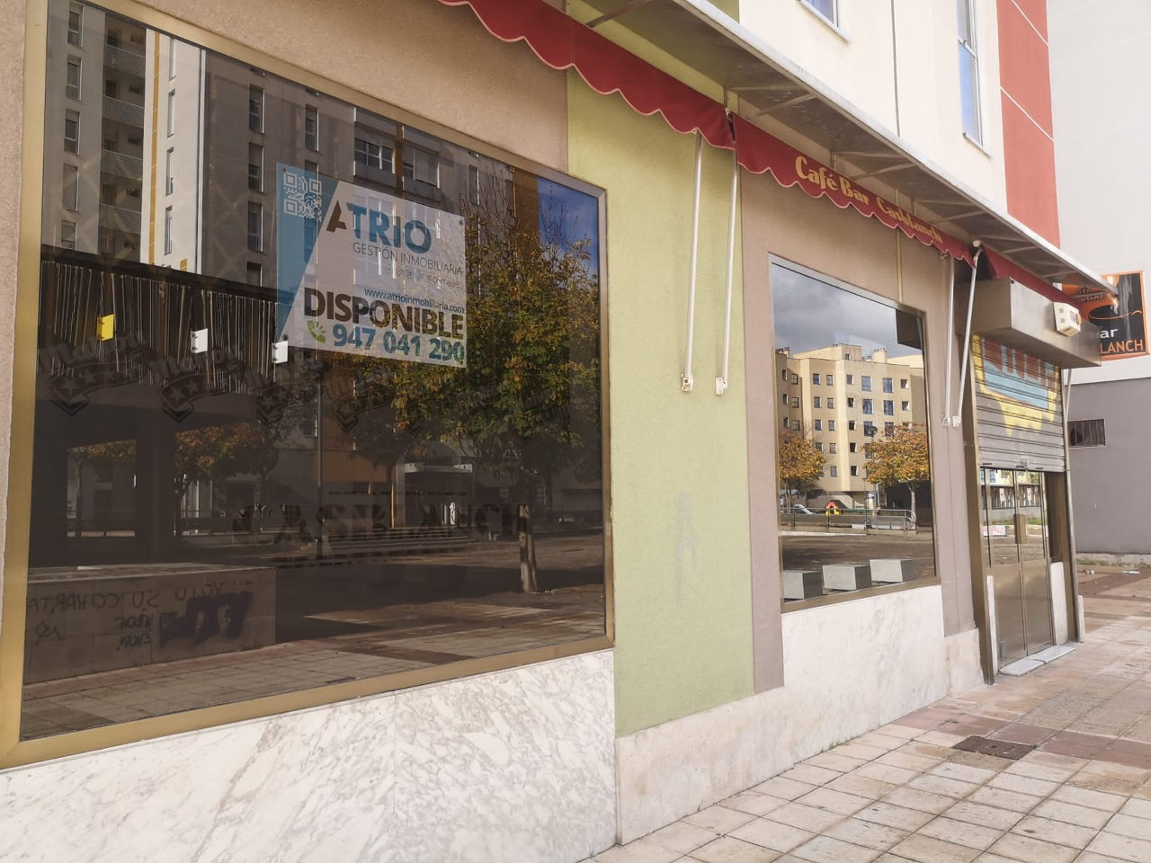 -eu-west-1.amazonaws.com/mobilia/Portals/inmoatrio/Images/6397/3836382
