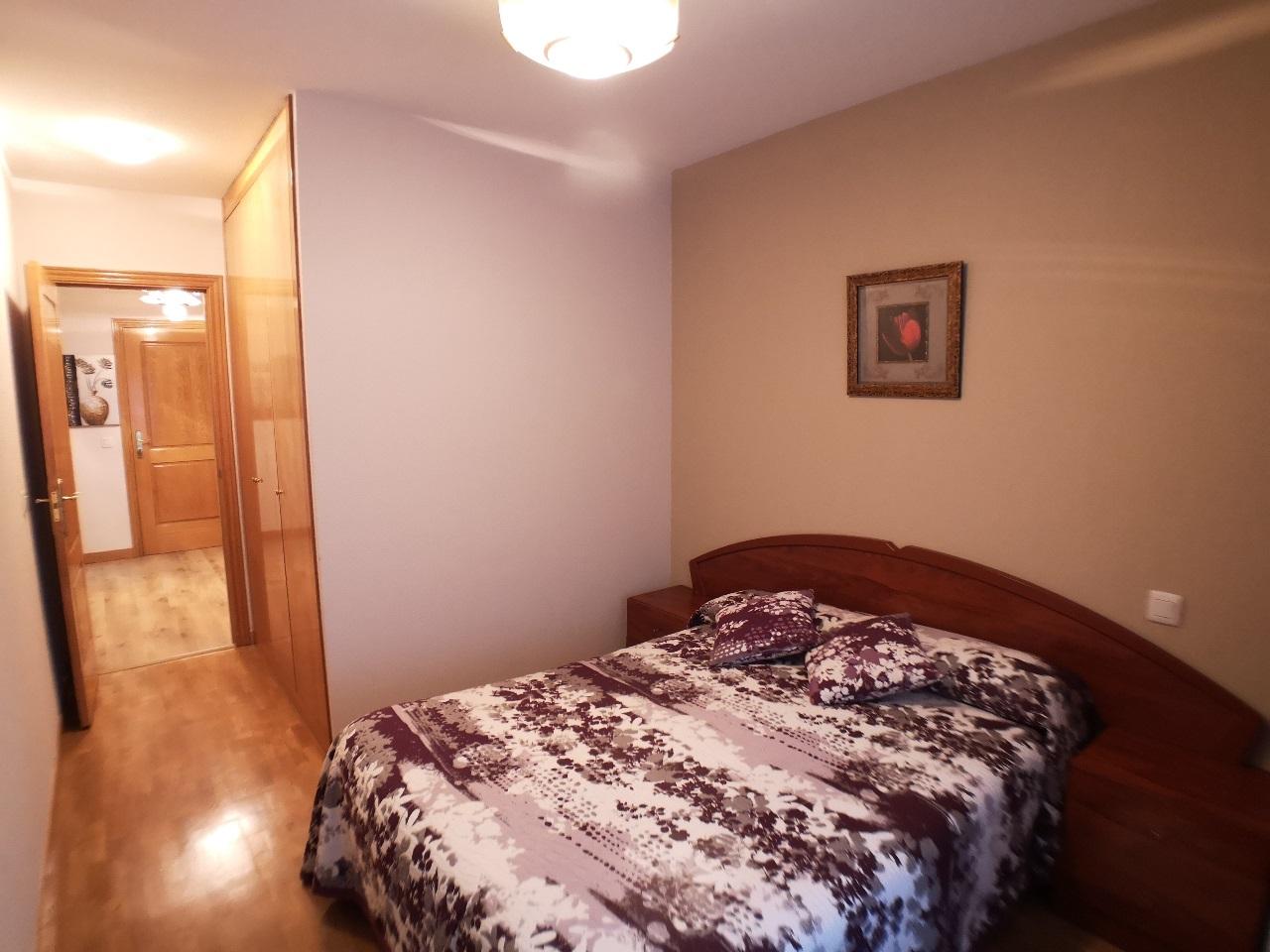 -eu-west-1.amazonaws.com/mobilia/Portals/inmoatrio/Images/6421/3892395