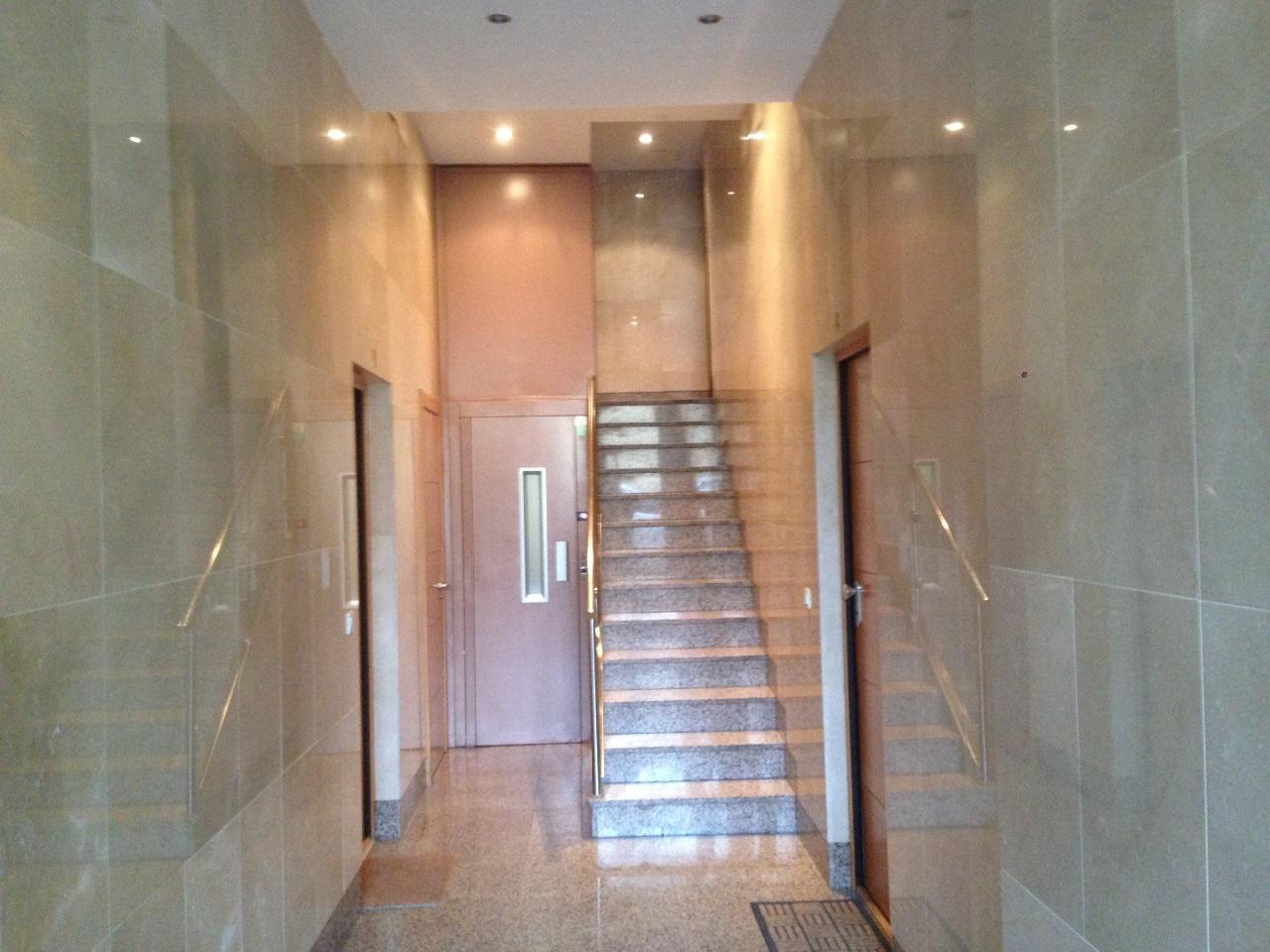 -eu-west-1.amazonaws.com/mobilia/Portals/inmoatrio/Images/6425/3865746