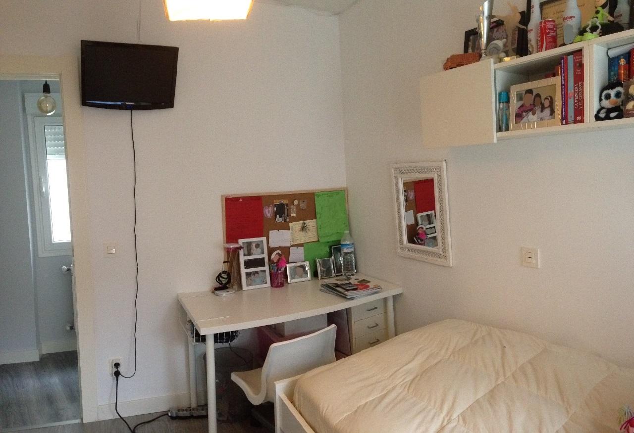 -eu-west-1.amazonaws.com/mobilia/Portals/inmoatrio/Images/6428/3887888