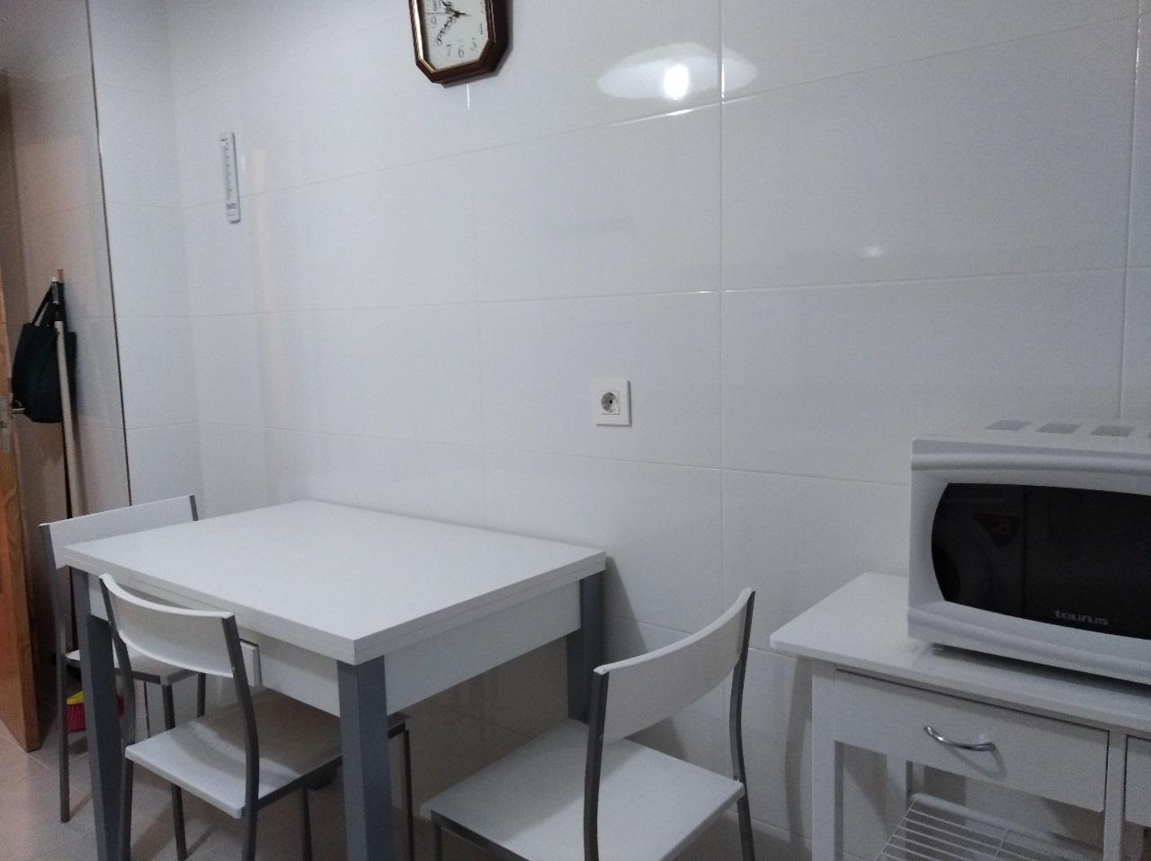 -eu-west-1.amazonaws.com/mobilia/Portals/inmoatrio/Images/6489/4029189