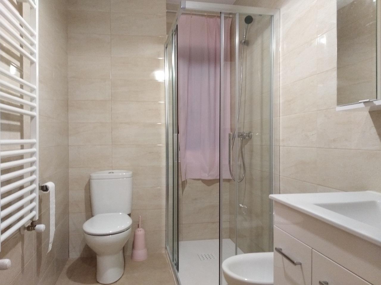 -eu-west-1.amazonaws.com/mobilia/Portals/inmoatrio/Images/6489/4029207